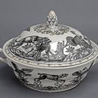 Tureen with lid - part of the so called hunter dinner set (hunting service)