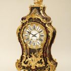 Ornamental clock (pendule) - with tortoiseshell inlay