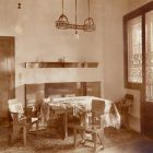 Interior photograph - dining corner in the Schiffer Villa, Budapest