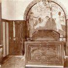 Interior photograph - bedroom in the Schiffer Villa