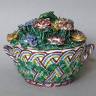 Bowl with lid - basket-shaped