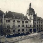 Architectural photograph - main facade of the Museum of Applied Arts